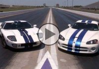 Ford GT vs Viper – An Epic Drag Race: 1100hp each