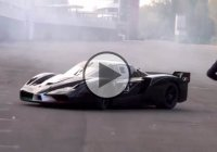 860 Hp Ferrari FXX EVO Doing Donuts!
