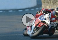 Michael Dunlop doing one of the best laps ever at TT Isle of Man!