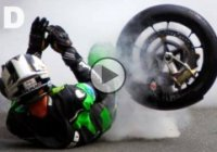 TT Isle of Man: Competitive and Deadly motorbike road racing!
