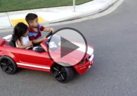 Kids drifting in a tiny Mustang! Awww… so cute!