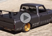 Chevrolet C10R race truck is what you need if you want to make a comeback in the racing world!