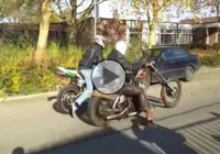 Drag race between Harley and a Honda CBR Fireblade!
