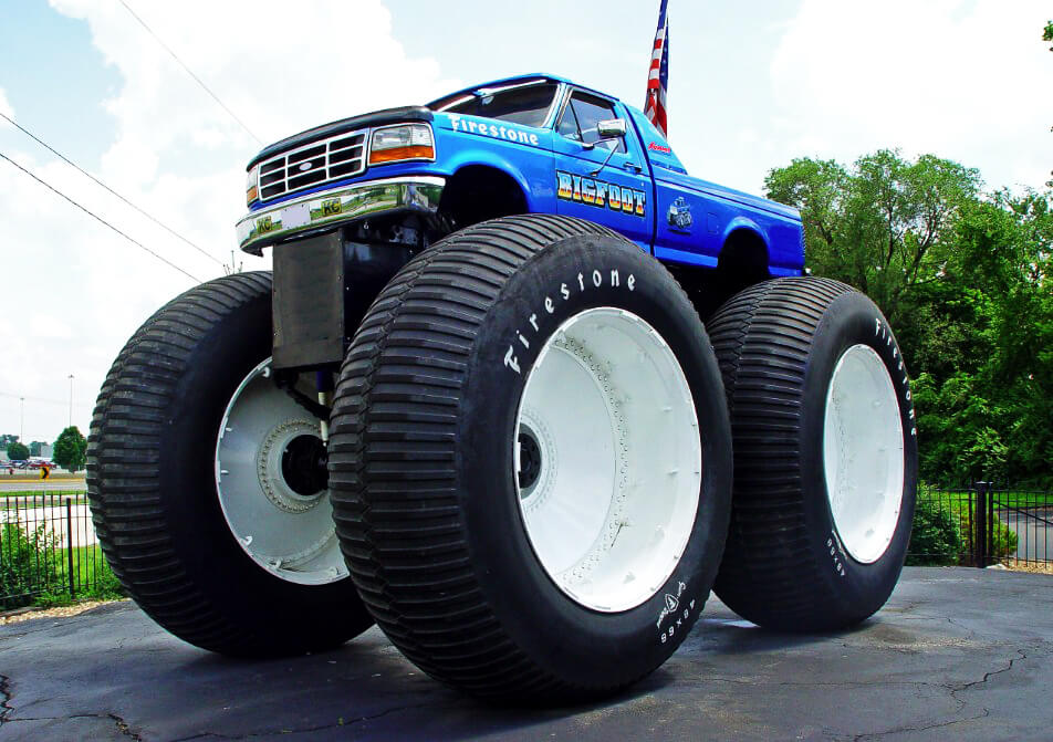 Biggest Monster Truck In The World Is Rolling Over Cars