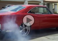 A really cool 1967 Ford Galaxie doing a crazy burnout!