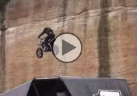 Seth Enslow making the longest jump with a Harley Davidson – over 300 feet!
