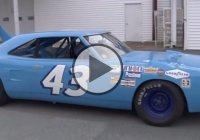 Richard Petty's 200mph Plymouth Superbird Driven For The First Time Since 1970!!