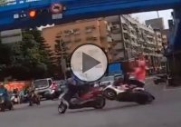 Don't Run On Red Light – This Lady Learned The Hard Way!