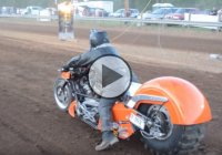 Extreme Top Fuel Motorcycle Dirt Drag Shoot Out!