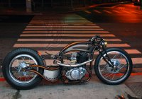 Custom Yamaha SR400 Bobber By Mark Huang!!