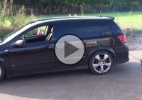 RC car pulling a real Vauxhall Astra H Van like a boss!!