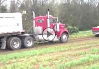 Dodge RAM Cummins Pulls A Stuck 84,000 lb. Kenworth!!