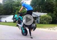 This Is Not Your Average Couple – Performing Dangerous Stunt On An Open Road!