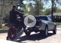 Stupidity At It's Best – How NOT To Load A Motorcycle!