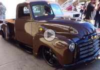An extraordinary 1952 GMC Pickup Truck by Devious Customs!