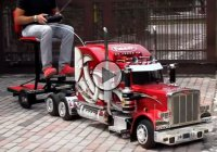 RC Peterbilt truck, fascinating and powerful!