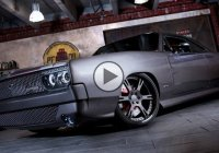 Dodge Charger GTS/R that's packing a V10 Viper engine!!!