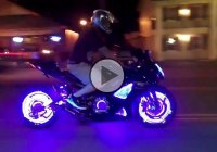 Motorcycle With Custom Wheels Light Kit – The Attention Grabber!