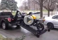 AMAZING And SAFE Way To Load And Unload Your Motorcycle!