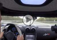 Koenigsegg  Agera R blasting through Autobahn with 340 km/h!