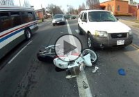 Angry Motorcyclist Confronts Driver After Getting Hit In Packed Intersection!