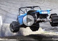 1600 HP Formula offroad can't be stopped by difficult terrain!