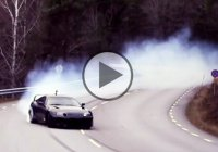 1000 WHP Toyota Supra is smoking its tires on public road!