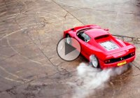 Ferrari F50 sliding and drifting in slow motion!