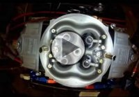 Overhead View of Holley 4 Barrel Carburetor on Engine Dyno!