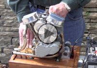 Awesome Scale Running Model Harley Panhead Engine!