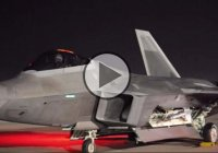 This Is What F-22 Fighter Jet Engine Startup Sounds Like!