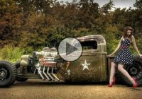 Custom US Army Rat Rod with guns instead of fenders!