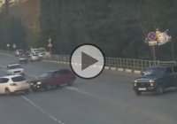 Idiot driver causes accident and then flees the scene!