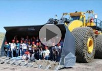 LeTorneau L-2350 – The Biggest Wheel Loader in The World!