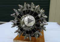 Homemade Pratt & Whitney R-2800 Double Wasp 18 Cylinder Radial Engine!