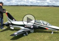 Giant 1:3.5 Scale RC Bae Hawk 100 TURBINE JET!