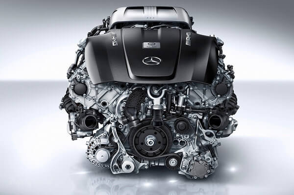 Mercedes' V-8 Engine