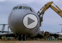 How Do They Do It? – Airplane Recycling!