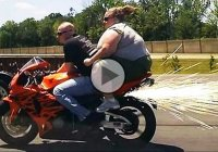 Hilarious motorcycle crashes and epic wins – 2016 compilation