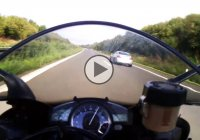 Yamaha R1 vs BMW M5 racing on the highway!
