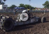 Bounty Hunter's new record: 200ft in 2.006 Seconds, on dirt!
