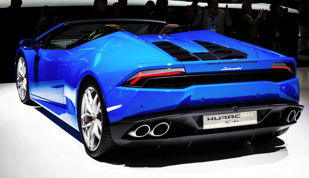 2017 lamborghini huracan goes from coupe to a topless beauty. Black Bedroom Furniture Sets. Home Design Ideas