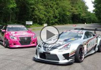 V8 Lexus LFA drifting alongside a wicked Toyota Crown!