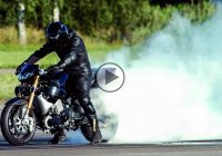 Bike riding is just the right way to out-stand the police – Ghost rider style