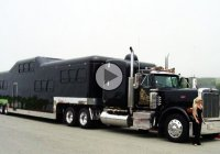 Midnight rider – The biggest and most expensive limo in the world