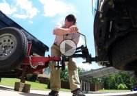 Reel Quik Hitch offers the easiest and safest way to hitch your trailer