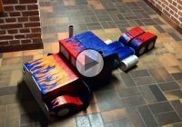 Transforming Optimus Prime costume to sweep you off your feet